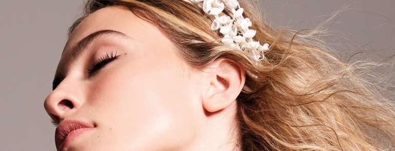 Beauty, abiti, accessori, gioielli